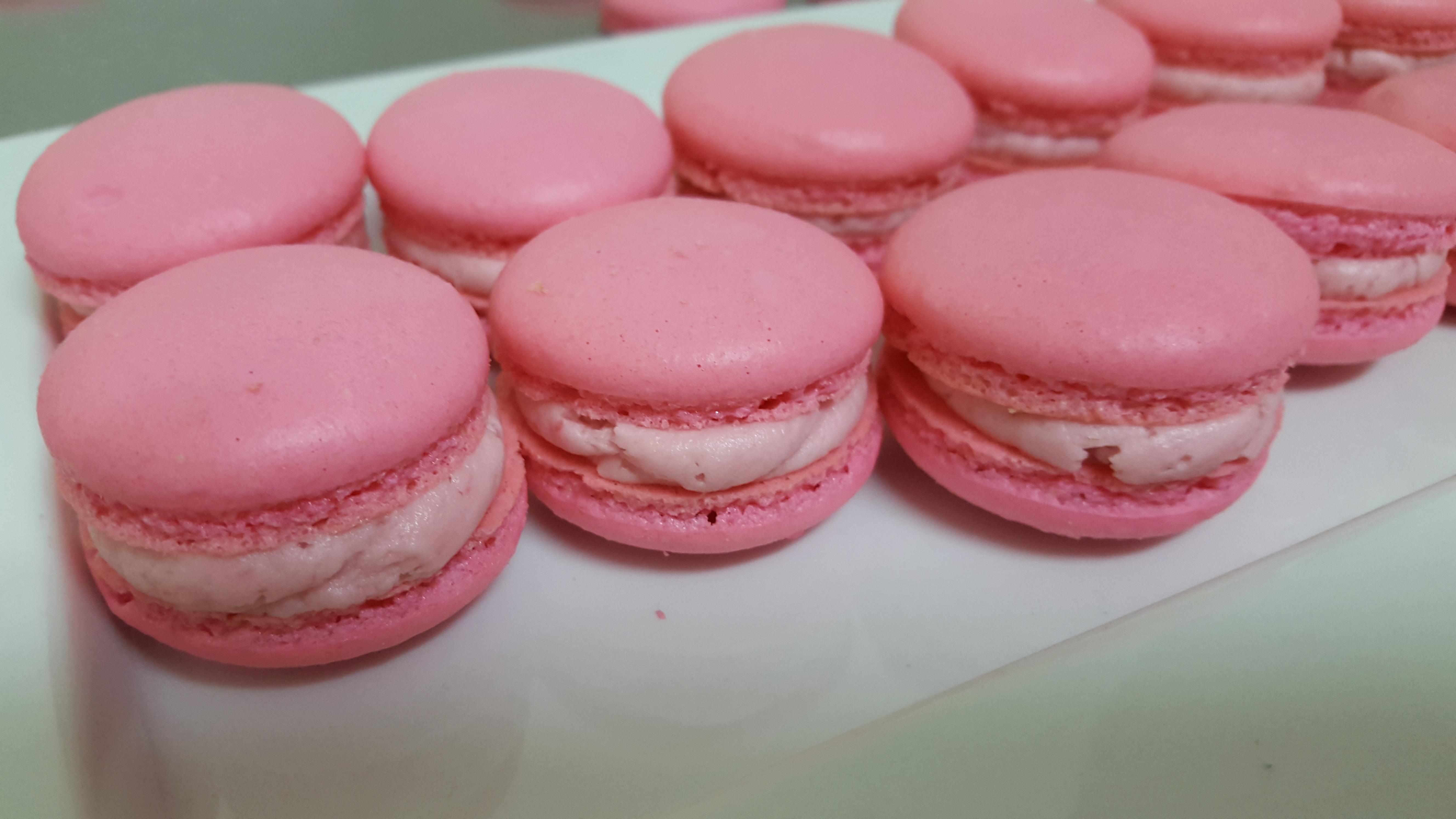 Raspberry French Macaroons